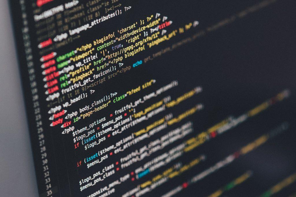 Wer im WebDesign oder anderen Programmierberufen arbeitet, findet in CareerFoundry einen hilfreichen Partner