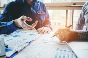 Datenanalyse im Unternehmen ©istock.com/SARINYAPINNGAM