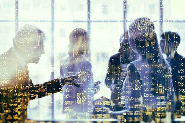 Datenanalyse fuer Unternehmen ©istock.com/MATJAZ SLANIC